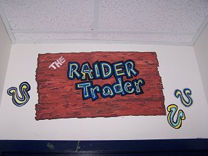 The Raider Trader Sign