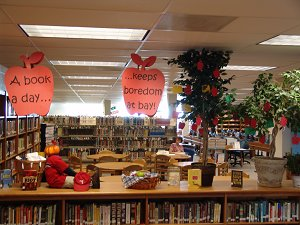 Library's opening fall reading promotion display.