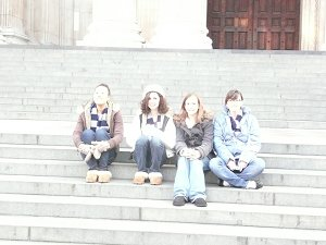 Chilling on St. Paul's Steps
